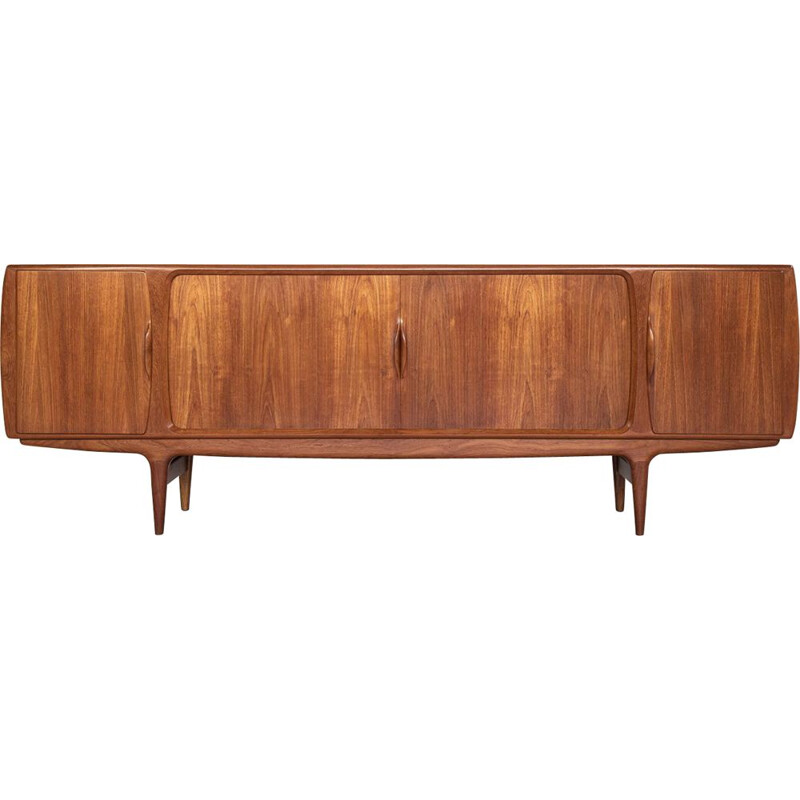Vintage sideboard in teak by Johannes Andersen for Uldum Denmark