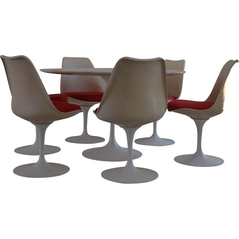 Vintage dining set by Eero Saarinen for Knoll International 1965