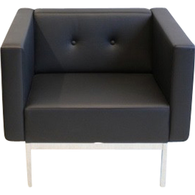 Artifort armchair in chromed metal and leather, Kho LIANG IE - 1980s
