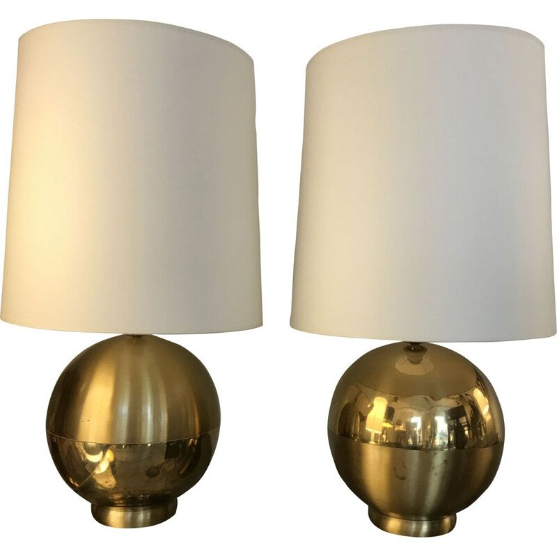 Pair of vintage ball lamps in polished, matte and shiny gold brass