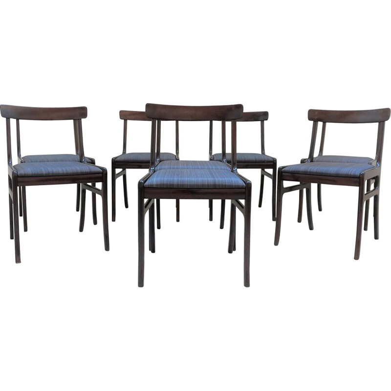Set of 8 Rundstedlung chairs by Ole Wanscher