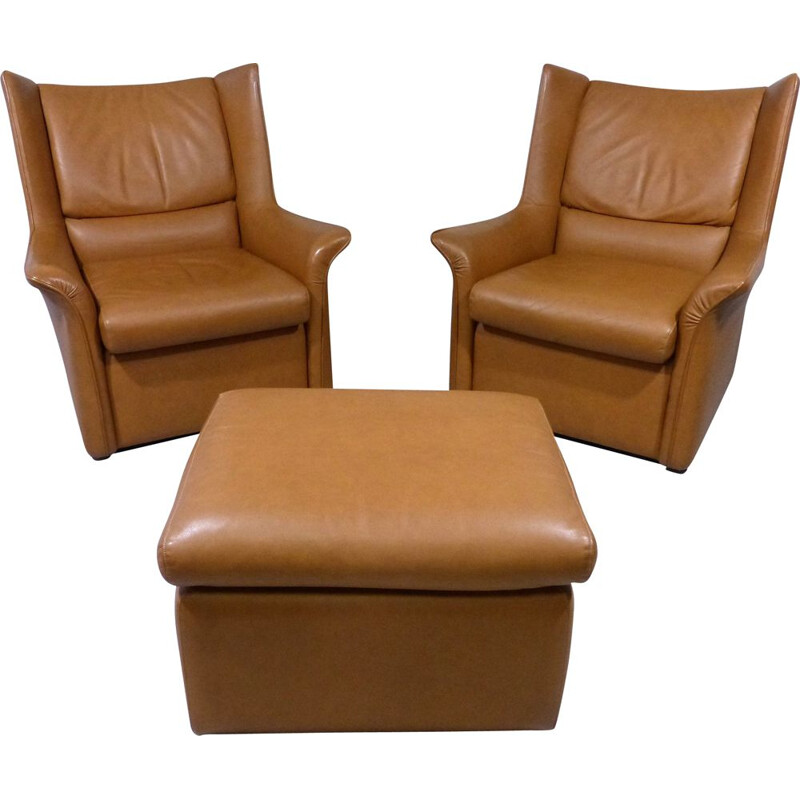Set of vintage lounge chairs with footstool in leather, Italy 1960s