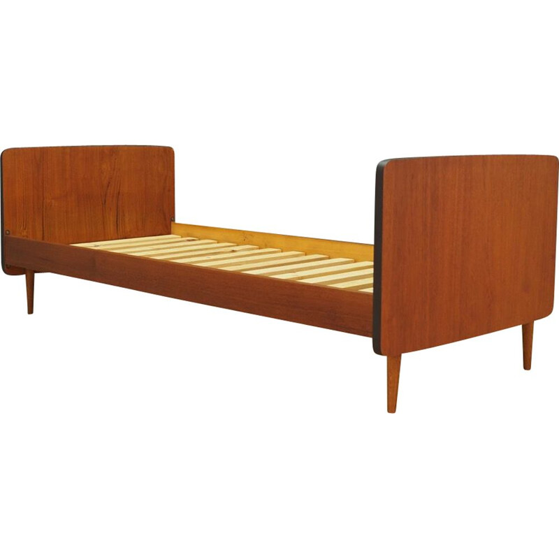 Vintage danish bed frame in teakwood 1970