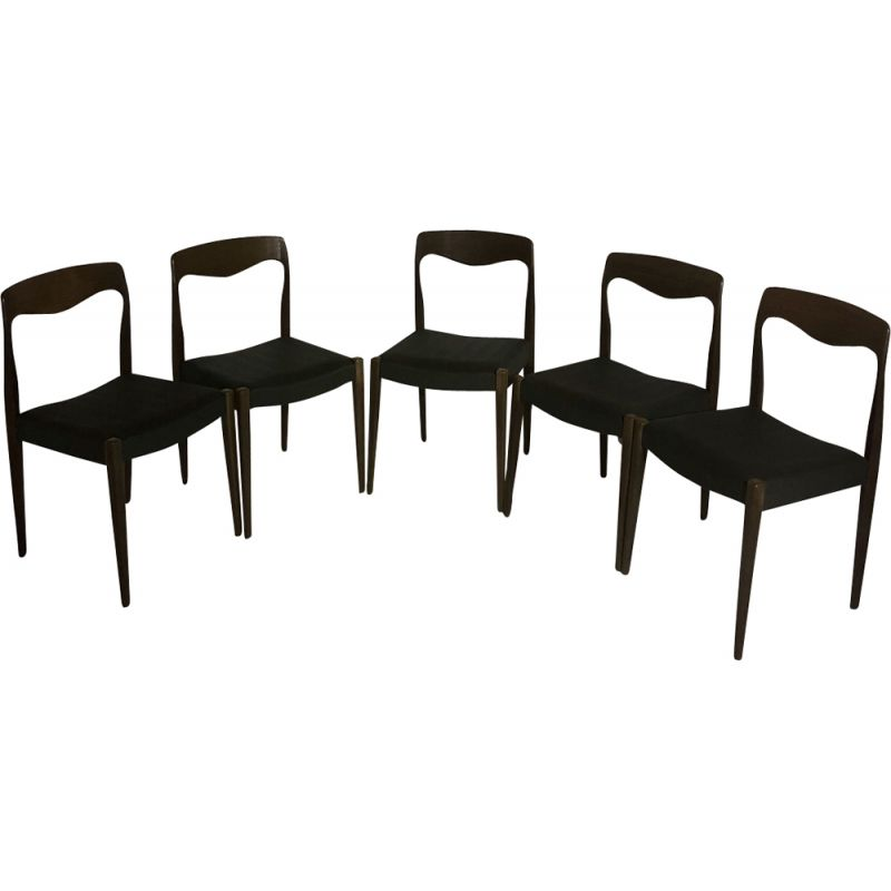 Set of 5 vintage scandinavian chairs by Niels O.Moller in wood