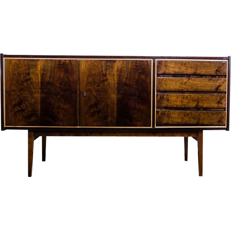 Vintage sideboard in walnut by S. Albracht for Bydgoskie Furniture Factories, 1972