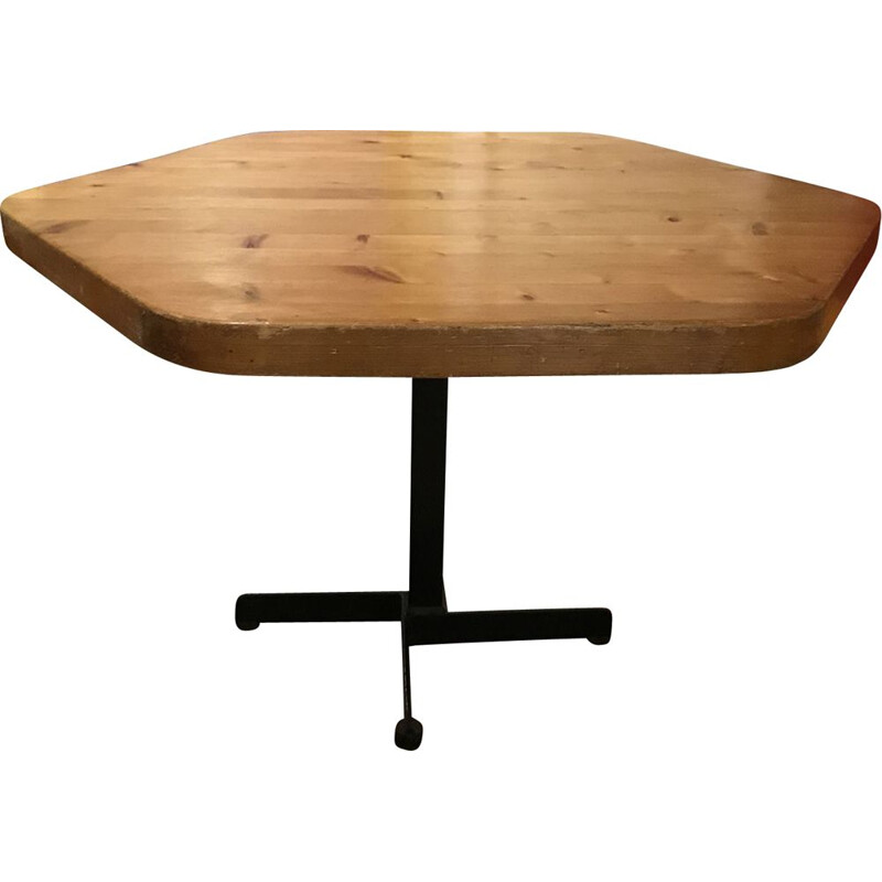 Side table Les Arcs 1600 in pine by Charlotte Perriand