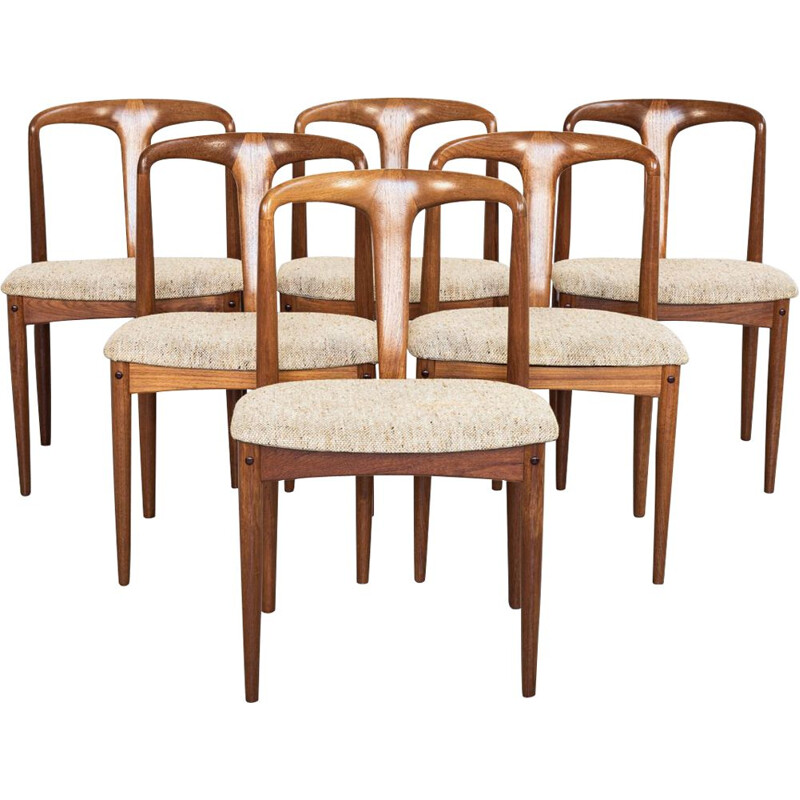 Set of 6 vintage Juliane chairs in teak by Johannes Andersen for Uldum, 1960s