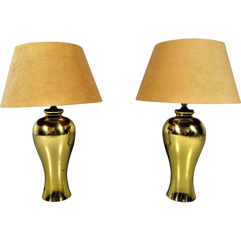 Set of 2 vintage brass and beige velvet shades table lamps, 1970