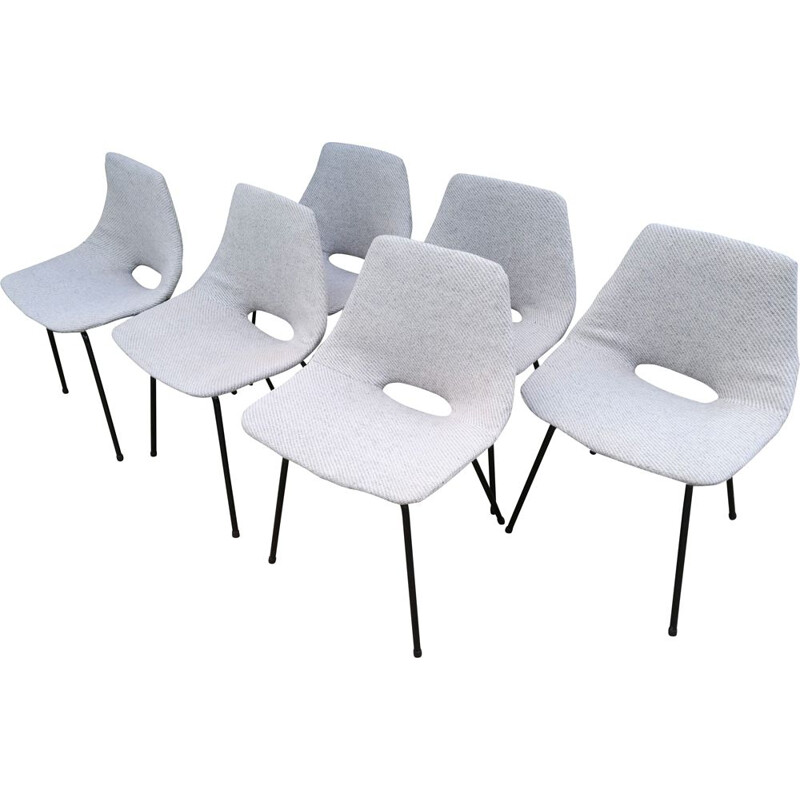 "Set of 6 vintage chairs ""tonneau"" by Pierre Guariche, 1950s"