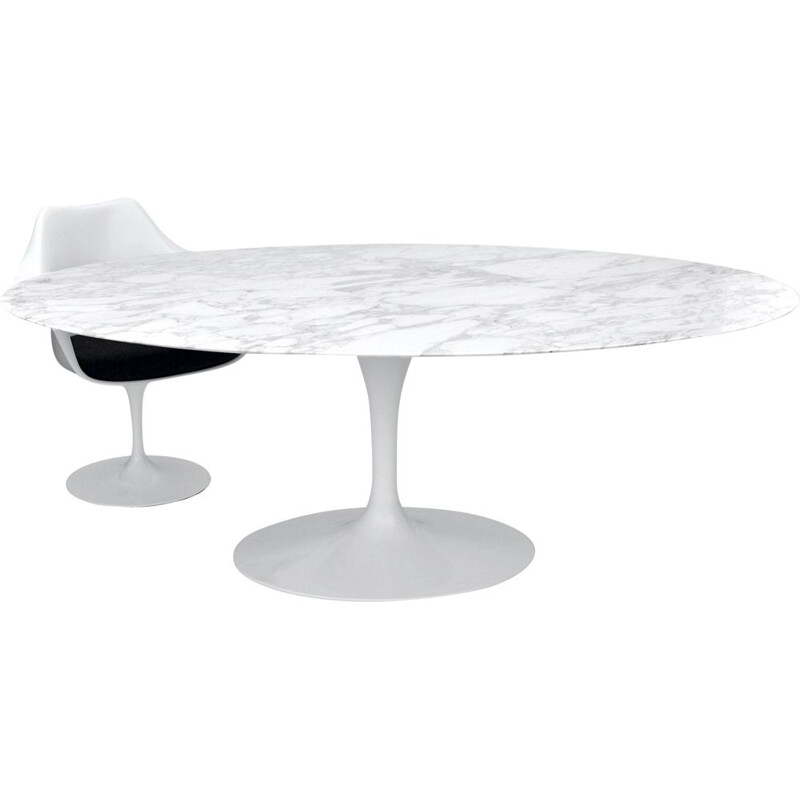 Vintage tulip dining table by Eero Saarinen for Knoll Int.