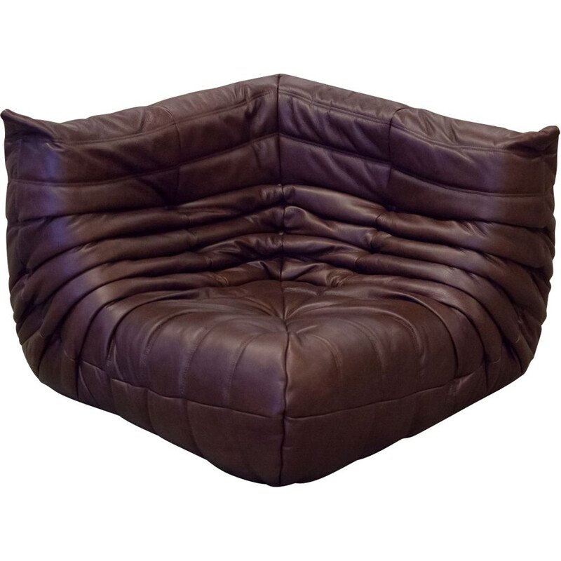 Vintage Togo corner couch for Ligne Roset in chocolate brown leather, 1970