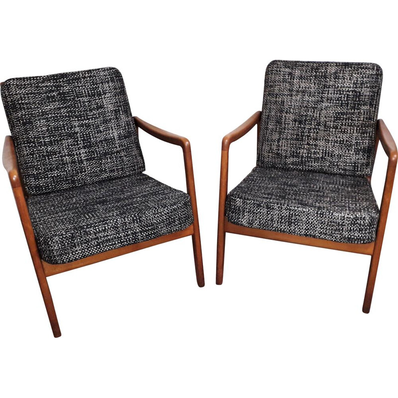 Set of 2 vintage FD 109 model chairs by Ole Wanscher, 1950s