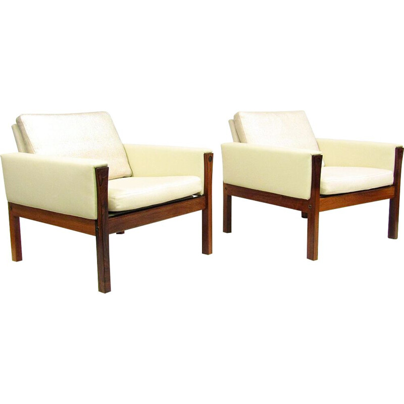 Pair of vintage armchairs in rosewood by Hans Wegner, 1960s