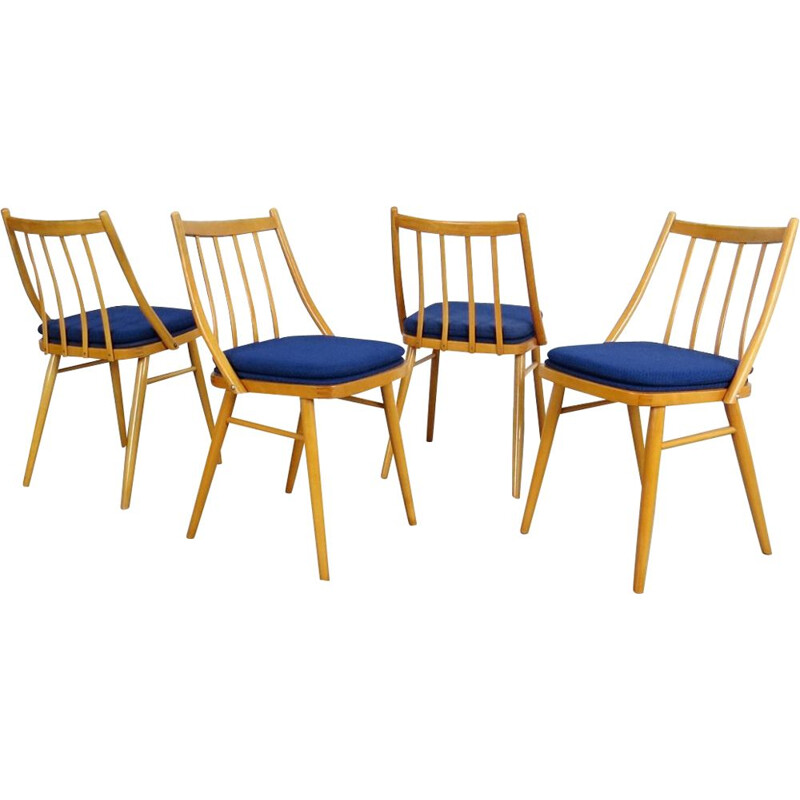 Set of 4 dining chairs with blue cover