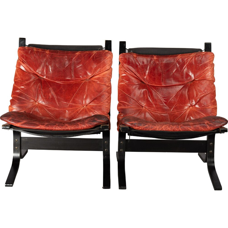 Set of 2 vintage red leather armchairs by Ingmar Relling for Westnofa, 1970s