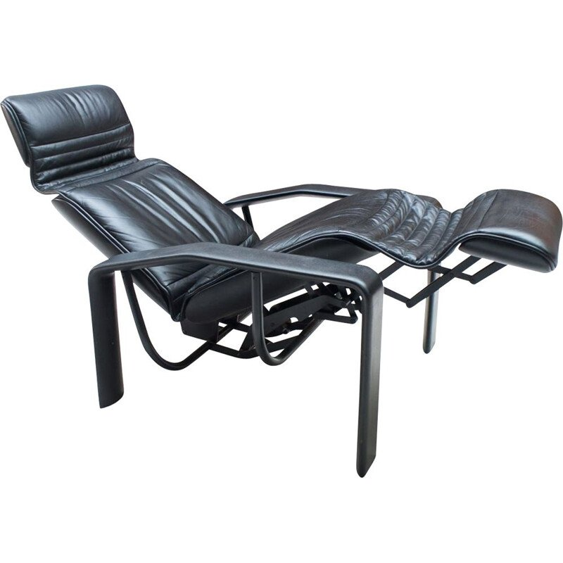 Vintage black leather lounge chair, 1980s