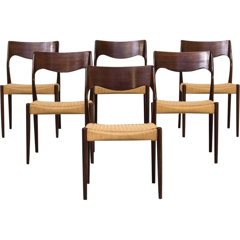 Set of 6 vintage dining chairs model 71 by Niels Otto Møller for J.L. Møller