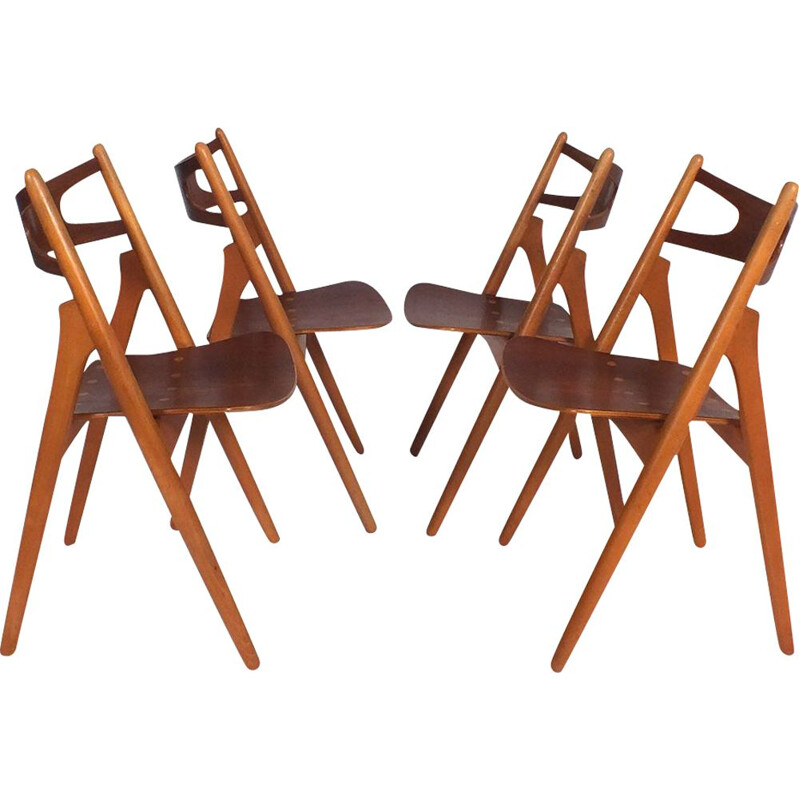 "Set of 4 ""ch29 or Sawbuck"" chairs by Hans Wegner"