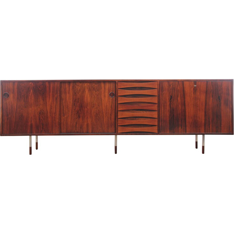 Vintage 29A model rosewood sideboard by Arne Vodder for Sibast Furniture