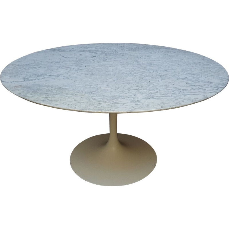 Vintage marble table by Eero Saarinen for Knoll