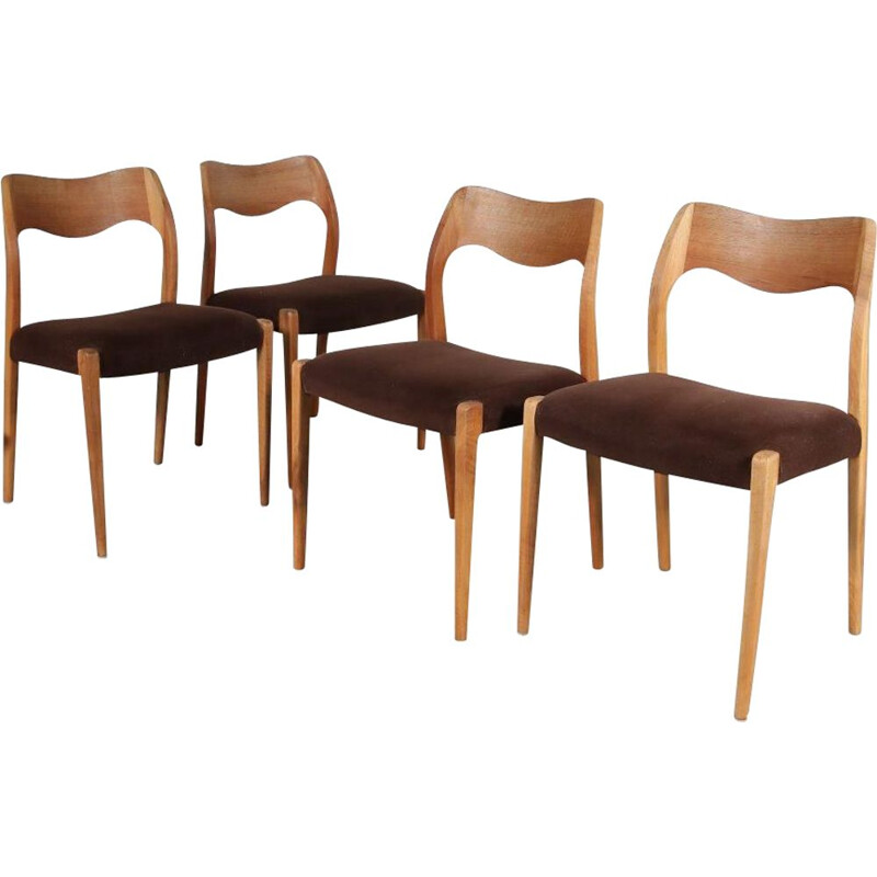 Set of 4 model 71 vintage dining chairs by Moller, Denmark, 1950s