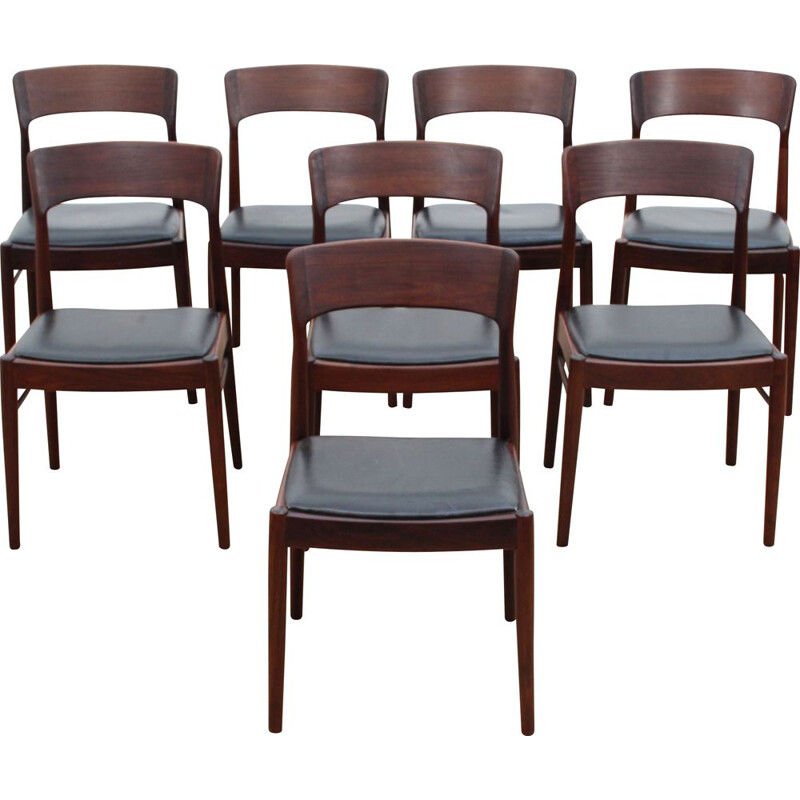 Suite of 8 vintage rosewood chairs model 26