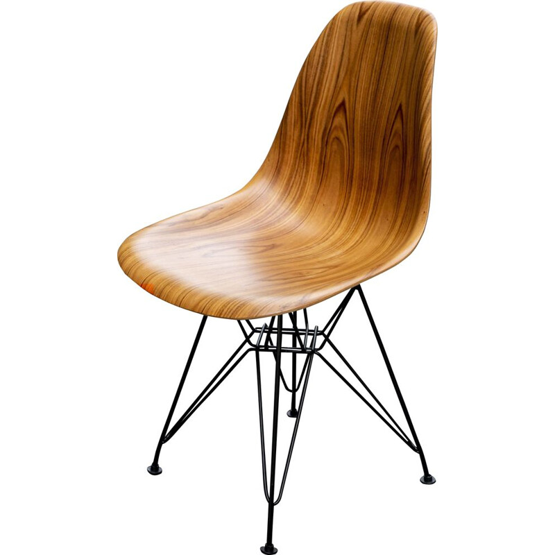 "Vintage Eames Chair ""DSR"" in rosewood Herman Miller edition"