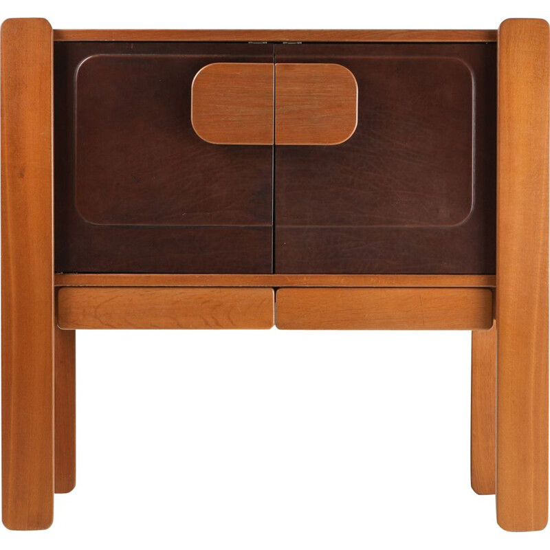 Vintage sideboard in walnut and leather, 1970s