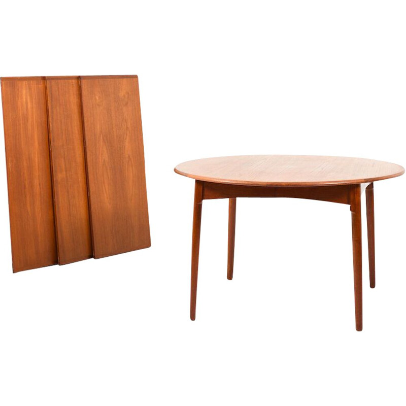 Danish Teak Dining Table with bevel Legs