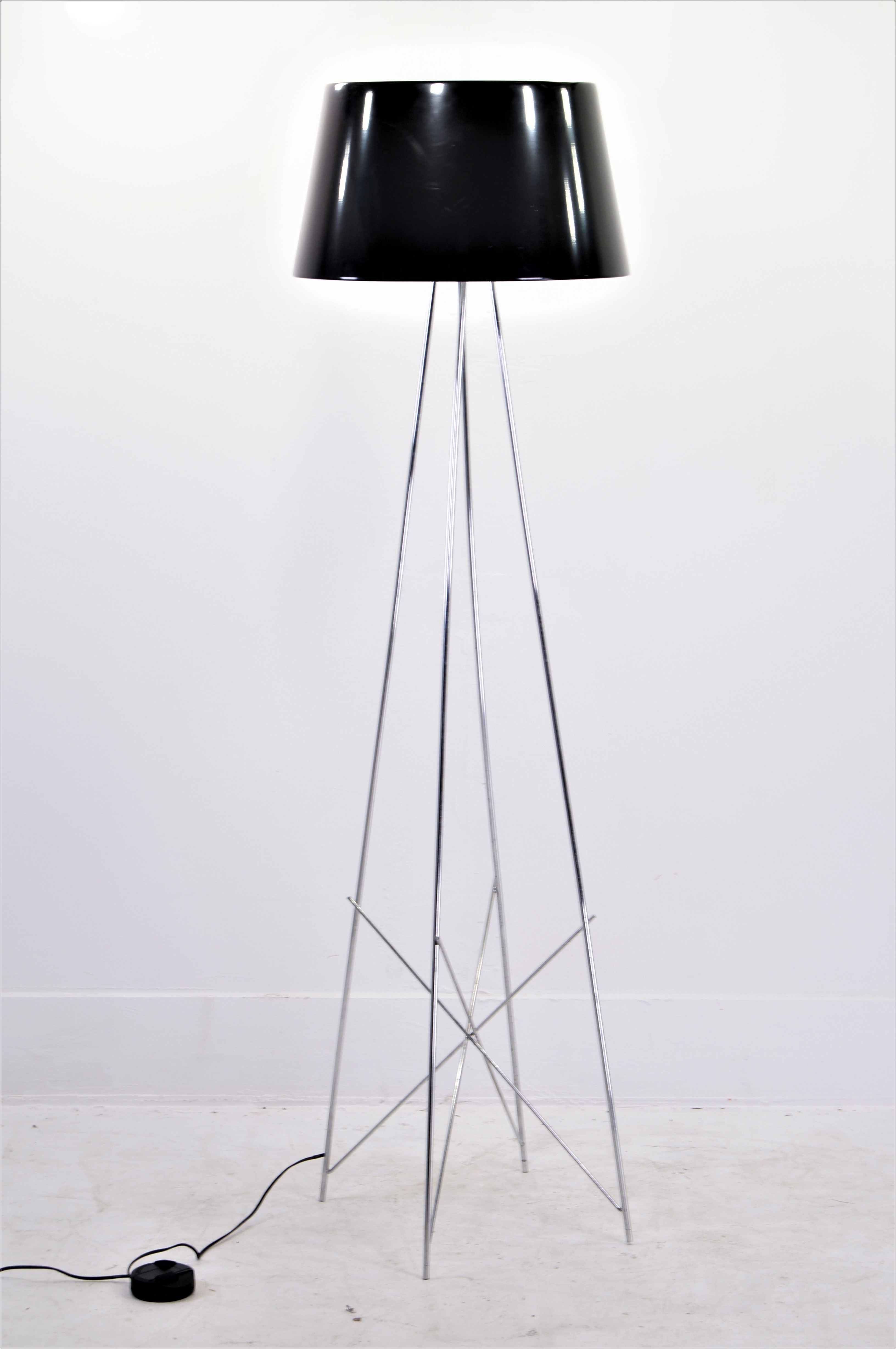 Flos Ray Table Lamp by Rodolfo Dordoni