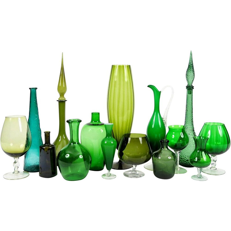 Set of 15 vintage green glass pieces