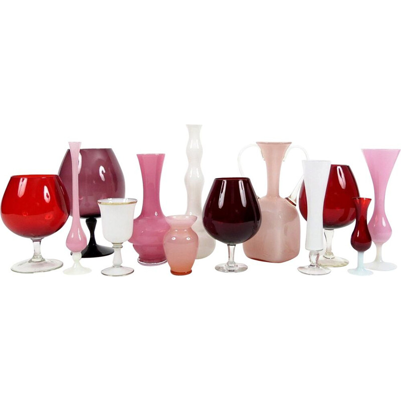 Set of 13 vintage red, pink and white glass pieces
