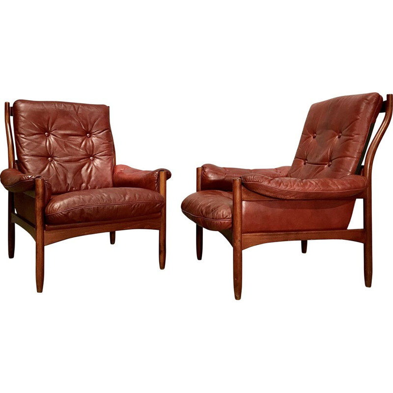 Vintage pair of Scandinavian armchairs in leather, 1970