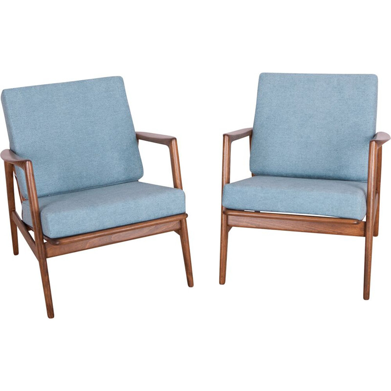 Set of 2 vintage armchairs 300-139 by Swarzędzka Factory, 1960s