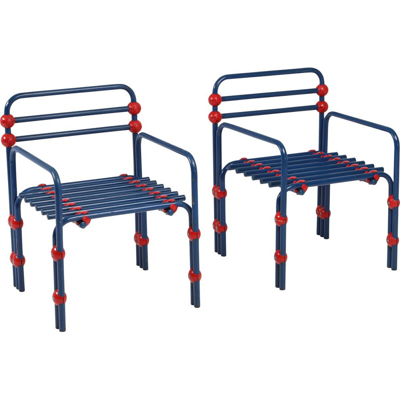 Pair of vintage armchairs in red and blue 1980