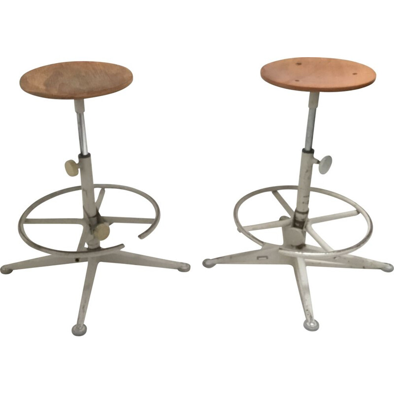 Pair of vintage chairs stool by Friso Kramer for Ahrend the circle 1970