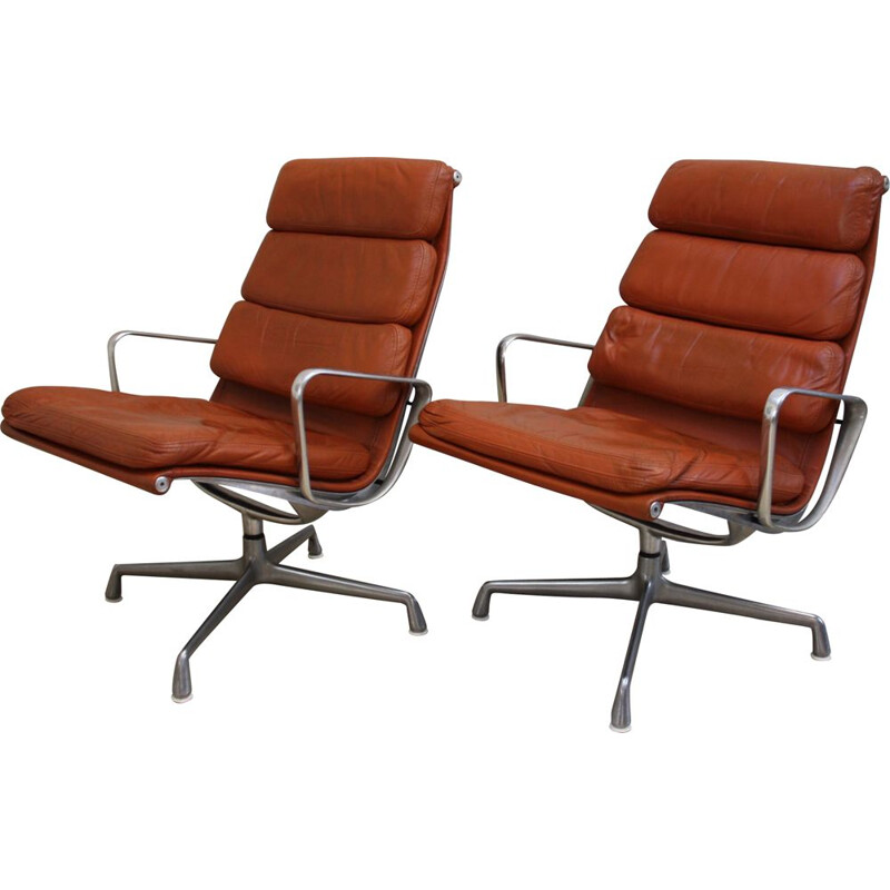 "Vintage Pair of armchairs ""soft pads"" EA 116 by Eames for Herman Miller - US  1970s"