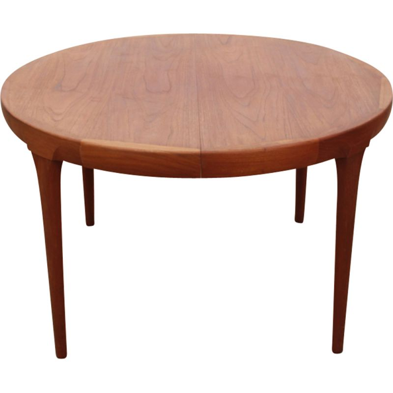 Vintage round teak dining table from Ib Kofod-Larsen for Faarup Møblelfabrick