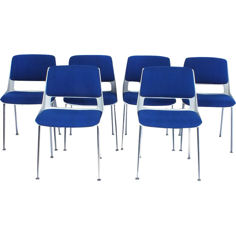 Set of 6 Gispen chairs model 2220 by A.R. Cordemeyer