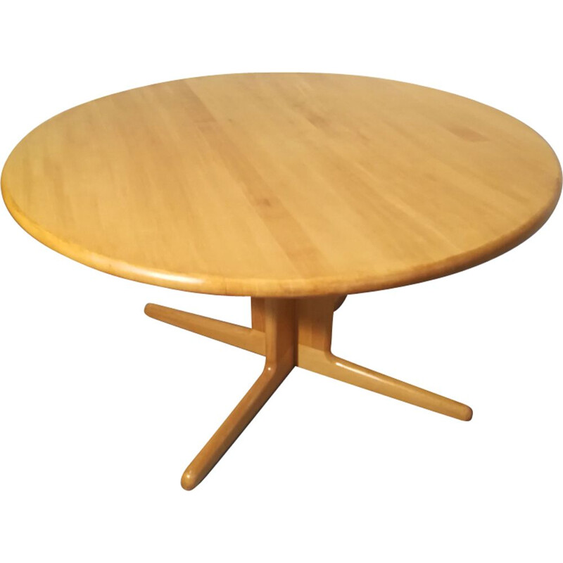 Vintage oak dining table by Niels Moller, 1960s