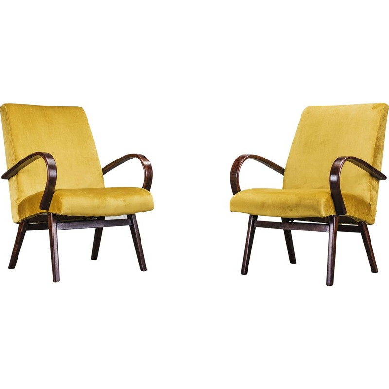 Set of 2 beech vintage armchairs by Jaroslav Smidek for TON, 1960s