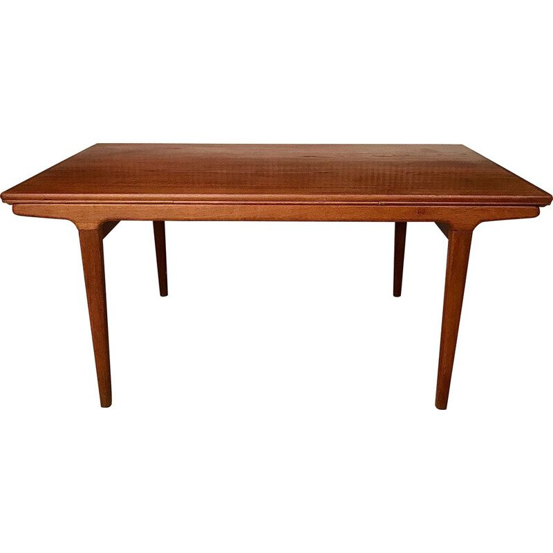 Teak danish vintage dining table by Johannes Andersen for Uldum Møbelfabrik, 1960s