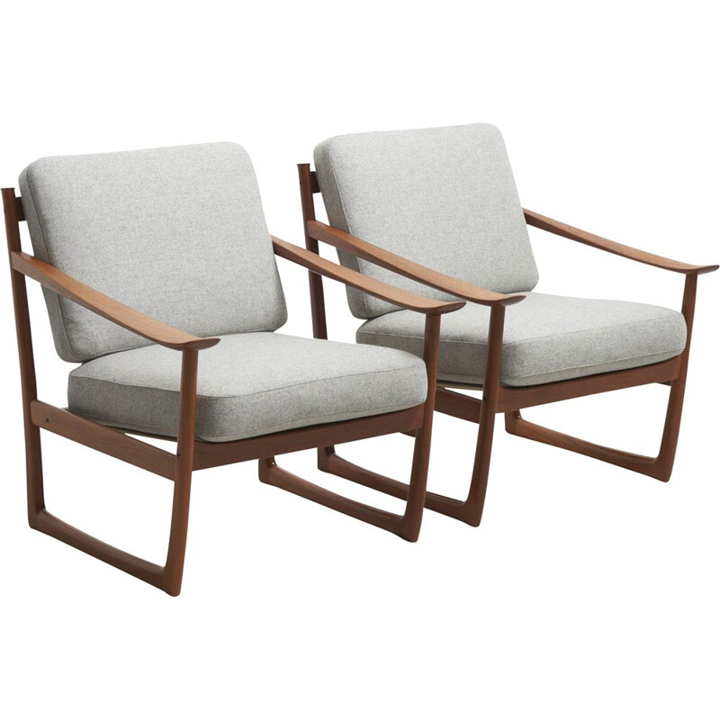 Vintage pair of grey lounge chairs model FD 130 by Peter Hvidt & Orla Mølgaard-Nielsen