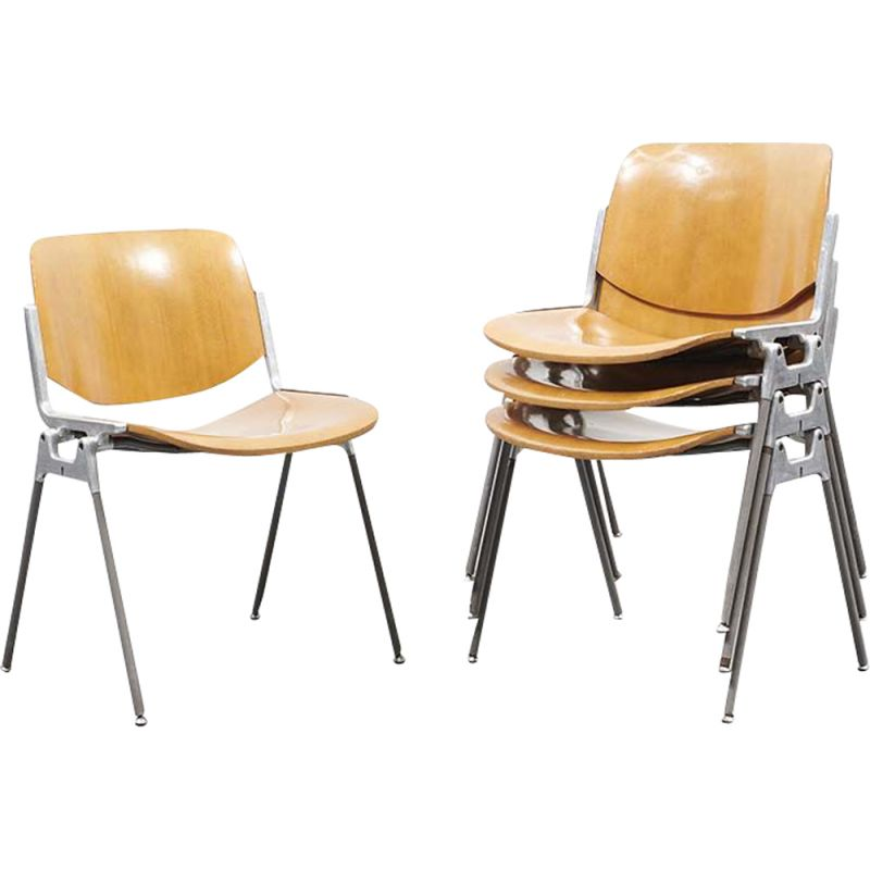 Set of 4 vintage chairs DSC 106 by Giancarlo Piretti for Castelli, 1970s