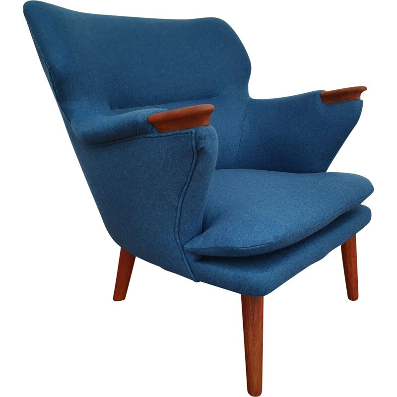 Vintage Danish lounge chair model 221 by Kurt Olsen