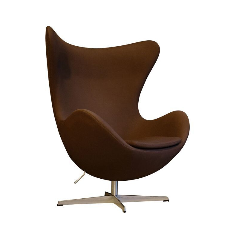 Vintage Egg armchair by Arne Jacobsen, Fritz Hansen publisher, 2007