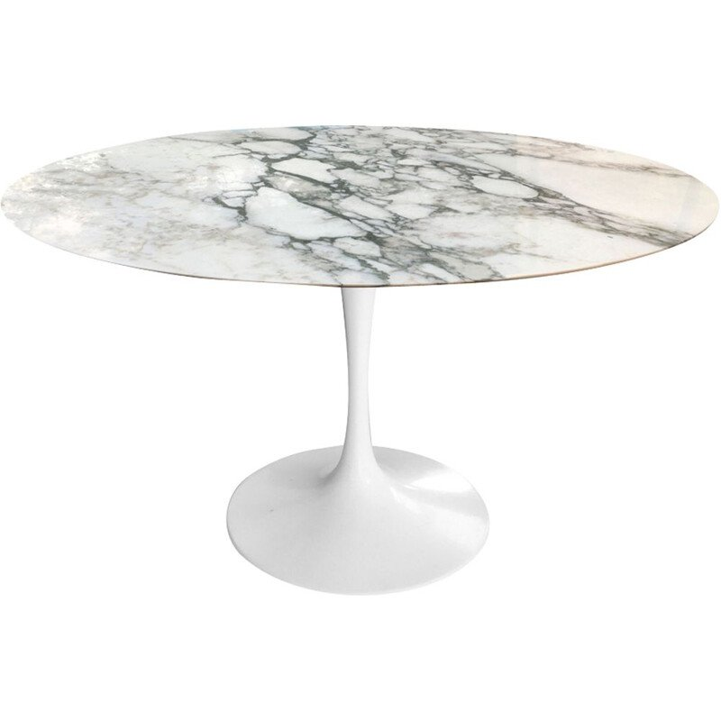 Vintage dining table by Saarinen for Knoll