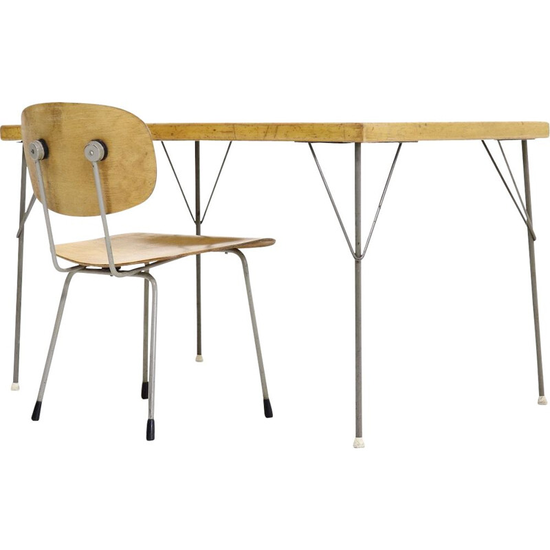 Gispen Table 531 and Chair 116 by Wim Rietveld and A. Cordemeyer 1950s