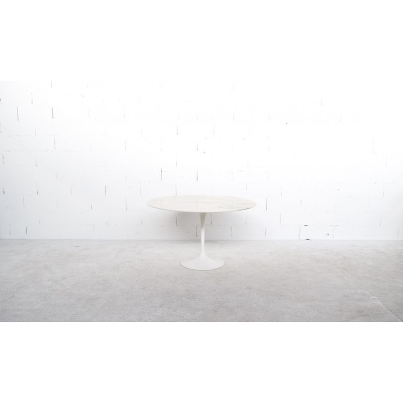 Table A Repas Eero Saarinen Knoll International Editeur Annees 70