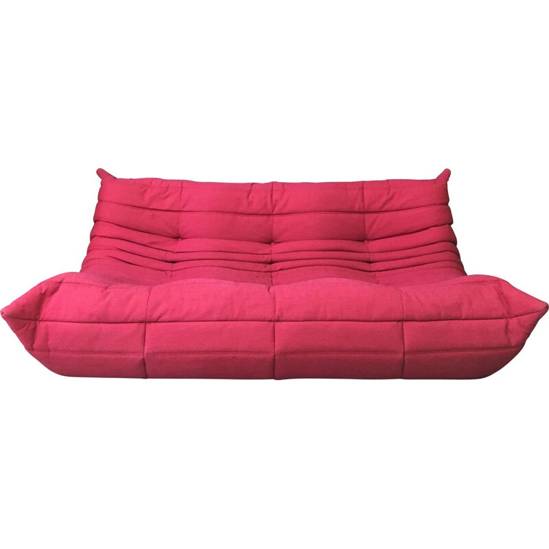 Vintage Three seaters Togo sofa in Genuine Pink by Ligne Roset